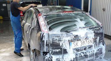 remove-car-wax